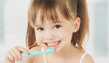 Chronischer Mundgeruch auch bei Kindern?