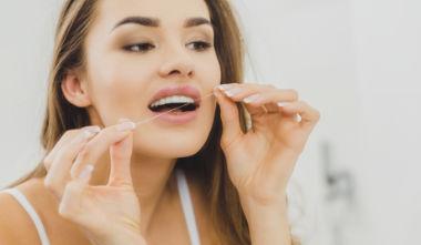 Zahnimplantate und Dentalhygiene