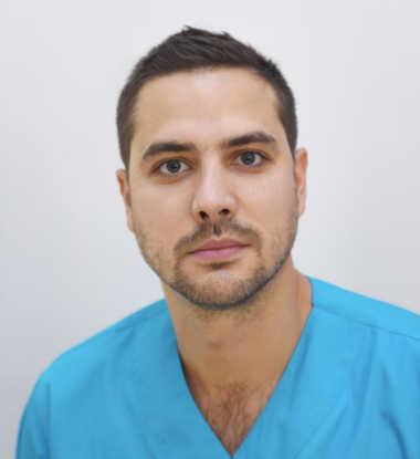Dr. med. dent Péter Zvekán