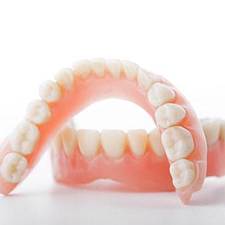Herausnehmbare Zahnersätze